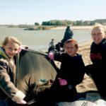 Laura_Schetter_s_students-Lake_Erie_Ohio_trash_pickup