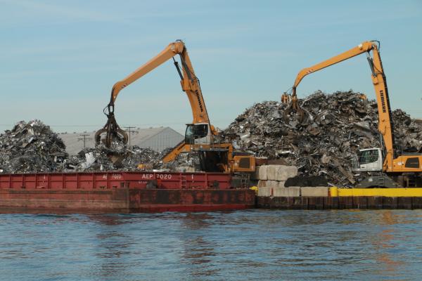 Calumet River - barge taking on scrap metal